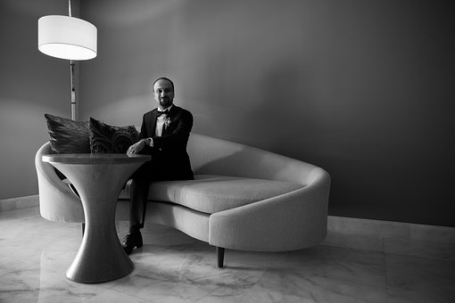 Привлечете вниманието на клиентите си със супер ниски цени на предлаганите от Вас мебели