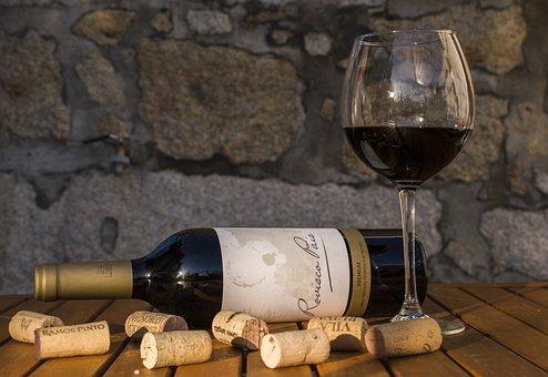 Има ли значение какви коркови тапи се използват във винарството?